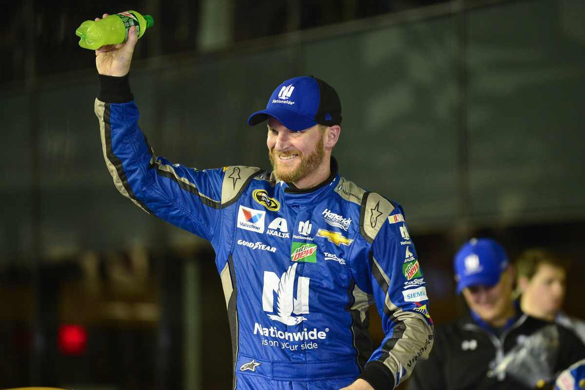 Daytona 500 notebook: Earnhardt, Kyle Busch win qualifying races