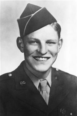 bud-moore-1944-nascar-world-war-ii-veteran