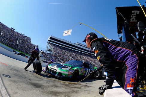 HAMLIN-JOHNSON DOMINANCE ENDS IN PITS