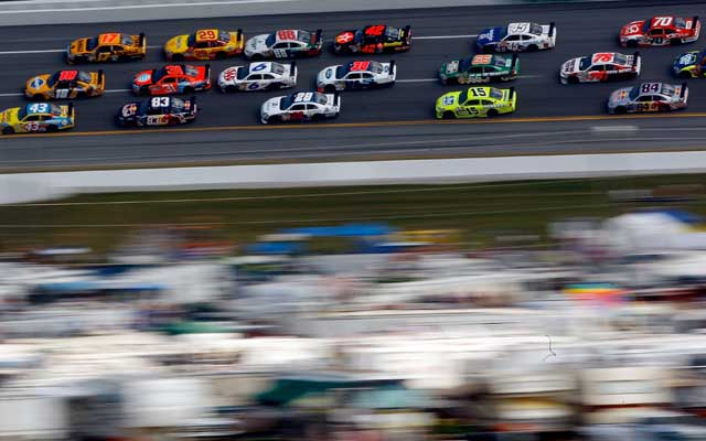 TALLADEGA: LIVE RACE BLOG