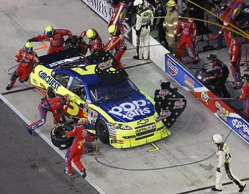 PIT CREWS PERFORM WITH LITTLE SLEEP