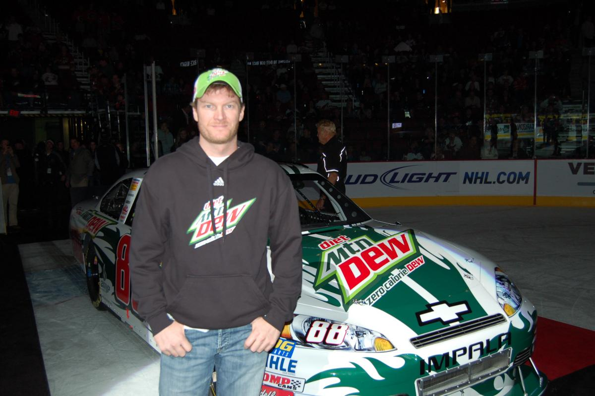 EARNHARDT PROUD HE PERSEVERED THROUGH SEASON OF DISAPPOINTMENT; DID NOT 'CRUMBLE MENTALLY'