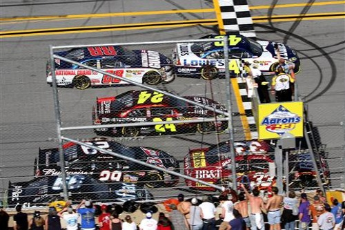 THE PROS AND CONS OF RESTRICTOR PLATE RACING