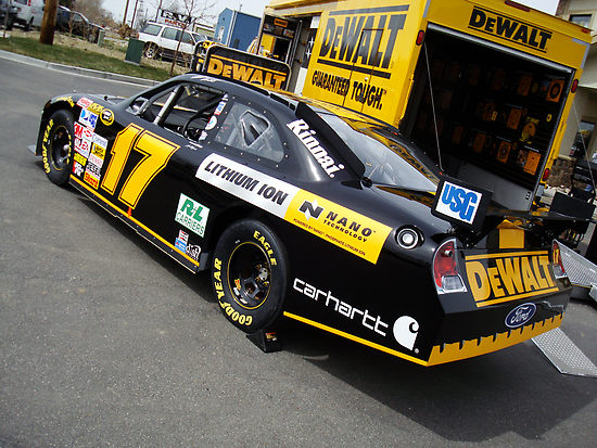 DEWALT LEAVES KENSETH
