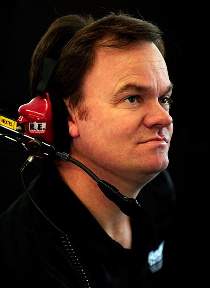 MCGREW EARNHARDT'S CREW CHIEF IN 2010
