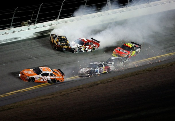 ROBBY GORDON ATTEMPTING TO DEFEND HIS 2008 FLOPPER AWARD